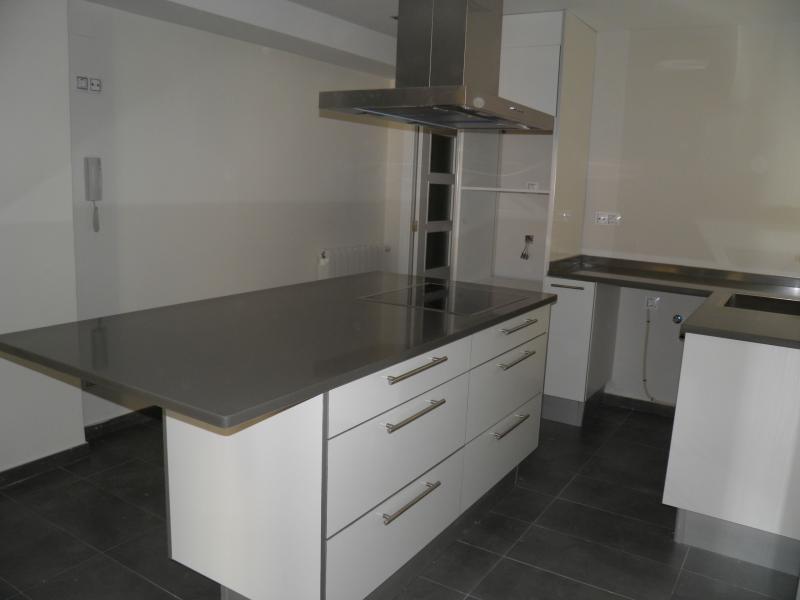 Reformasenvalencia mobiliario de cocina muebles de for Muebles altos de cocina